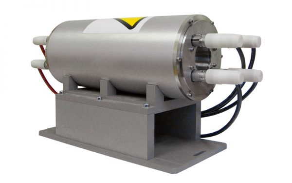 Four lamp version of pump chamber for 40x300 rod size (type MA40-4)