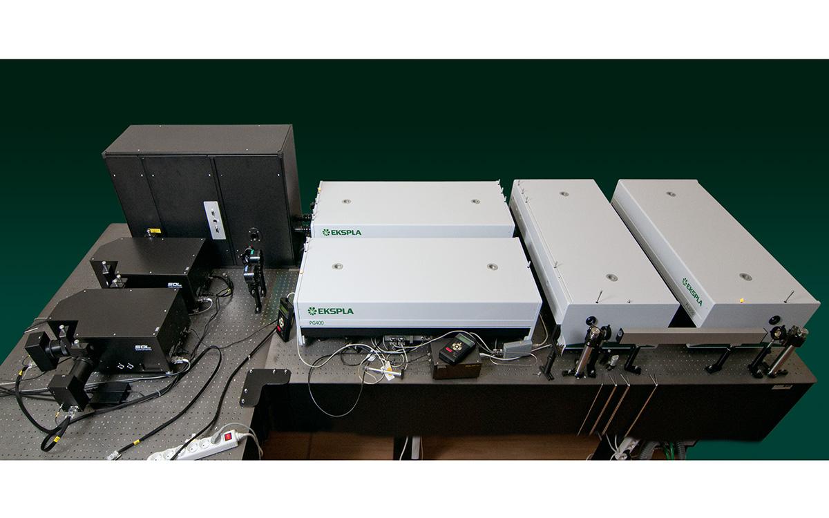 External view of Double resonance SFG spectrometer